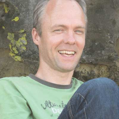 Erik van Velzen - Senior Dru Yoga teacher trainer