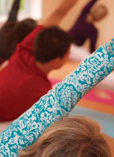 Dru yoga - bhima posture close up