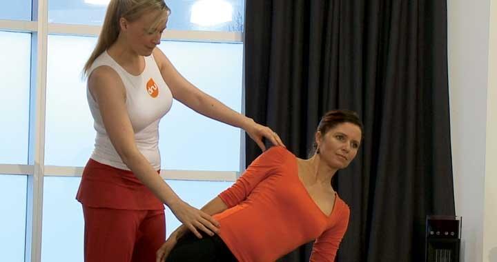Dru Yoga one to one teaching scene
